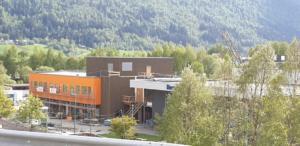 Hornindal skule, nytt skulebygg